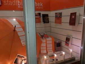 Schaufenster Stadtbibliothek ZC Westfälischer Friede